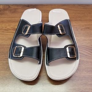 Shoes - LADIES BLACK SANDALS SIZE 42